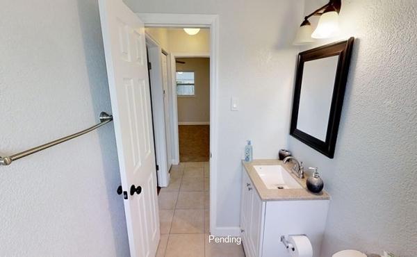 LK8A2y2CnrG - Hallway Bathroom