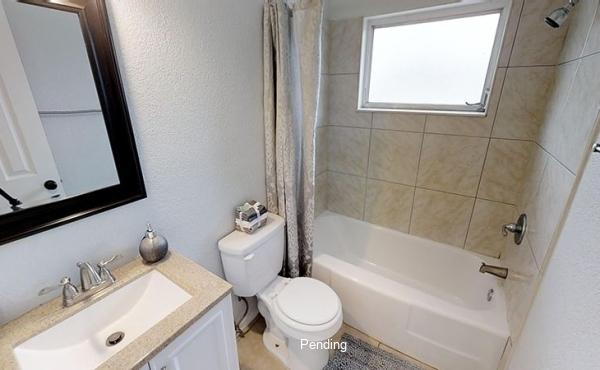 LK8A2y2CnrG - Hallway Bathroom(1)